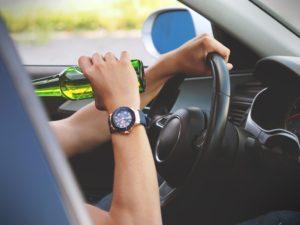 pijący kierowca następstwa nieszczęśliwych wypadków