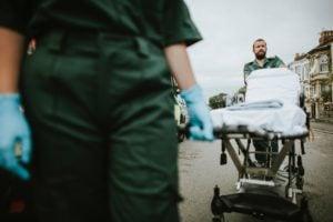 ratownicy med następstwa nieszczęśliwych wypadków